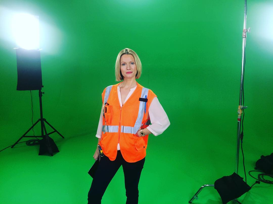 Orange is the new black on green screen as well